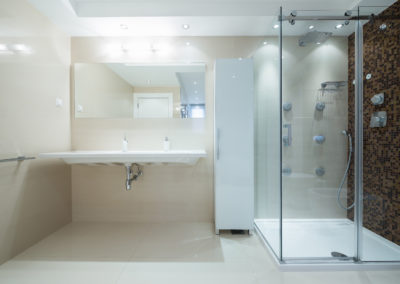 specchio e box doccia 6